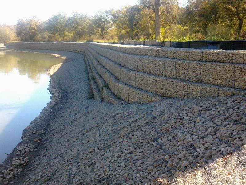 Gabions for alleviating floods